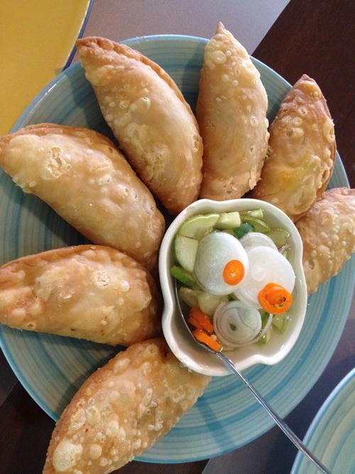 ชมสวน... 'อร่อยครบเครื่อง สไตล์ครัวบ้าน' ของพี่ปุ๊ อัญชลี  22 - ร้านอาหารไทย