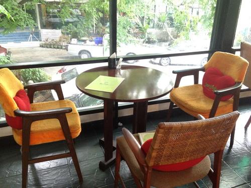 ชมสวน... 'อร่อยครบเครื่อง สไตล์ครัวบ้าน' ของพี่ปุ๊ อัญชลี 20 - ร้านอาหารไทย