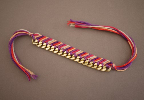 friendship16 504x350 DIY Bracelets สุดฮิต อินเทรนด์!!