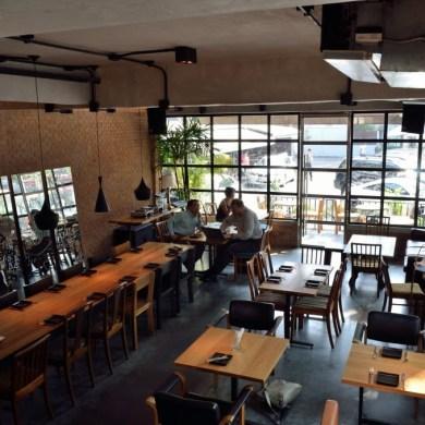 Mellow Restaurant & Bar ซอยทองหล่อ 16 14 - ร้านอาหาร