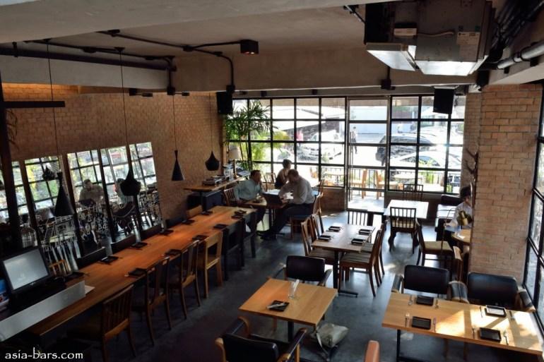 Mellow Restaurant & Bar ซอยทองหล่อ 16  18 - ร้านอาหาร