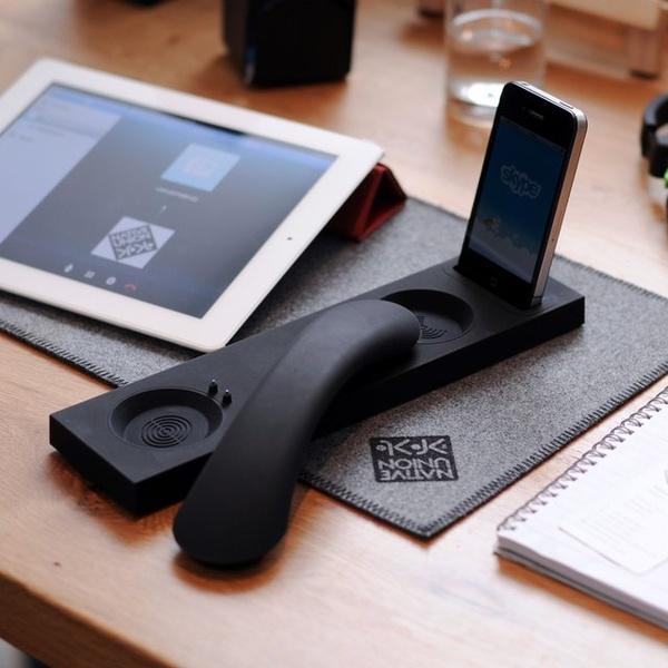 277464027013557741 RBpghI6v f Moshi Bluetooth iPhone Dock...ให้คุณใช้งาน iPhone ได้แบบต่อเนื่องแม้จะยังอยู่ในแท่นชาร์ต