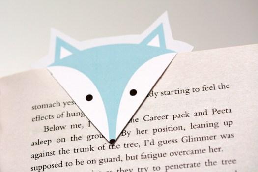 Free DIY Download ที่คั่นหนังสือรูปหมาป่า 15 - DIY
