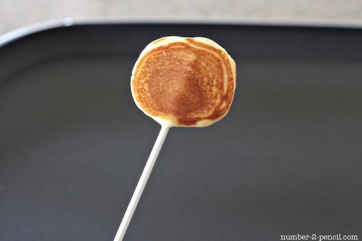 25550915 085003 D.I.Y. Pancake Pop...อมยิ้มแพนเค้ก