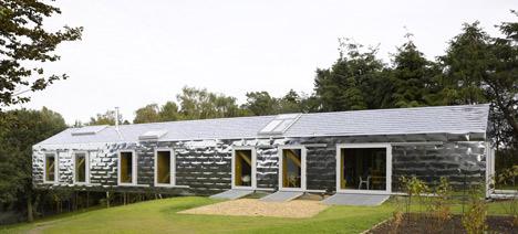 dzn Balancing Barn by MVRDV and Mole Architects photographed by Edmund Sumner 61 Living Architecture เปิดโอกาสให้ผู้คนได้เข้าไปใช้ชีวิตในบรรดาบ้านสุดเท่ ผ่านระบบการเช่า