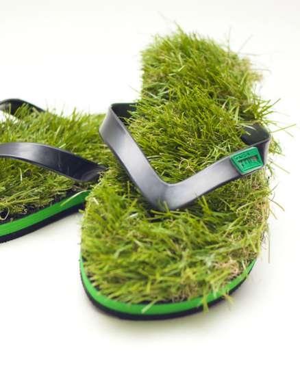 เดินบนหญ้าไปทุกที่..ด้วยรองเท้าแตะหญ้าสุดแนว.. 13 - go green