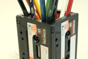 DIYที่ใส่ดินสอจากเทปคาสเซ็ตเก่า..แนว Retro ที่กำลังเทรนในยุคนี้ 18 - DIY