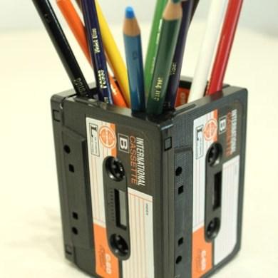 DIYที่ใส่ดินสอจากเทปคาสเซ็ตเก่า..แนว Retro ที่กำลังเทรนในยุคนี้ 14 - cassette-tape