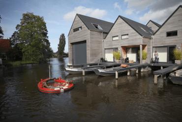 แช่น้ำล่องเรือชิลๆกับ hotTug jacuzzi boat  15 - water