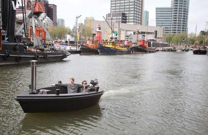แช่น้ำล่องเรือชิลๆกับ hotTug jacuzzi boat  16 - boat
