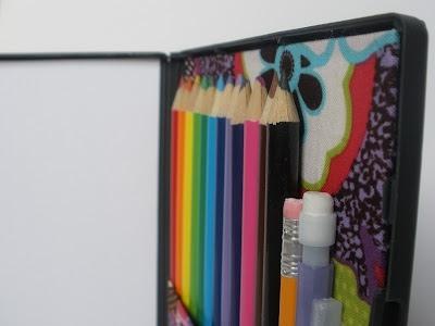 25551123 181449 DIY กล่องดินสอสี จากกล่อง DVD เก่า