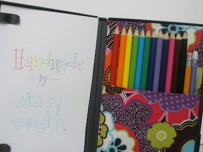 25551123 181455 DIY กล่องดินสอสี จากกล่อง DVD เก่า