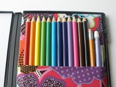 25551123 181501 DIY กล่องดินสอสี จากกล่อง DVD เก่า