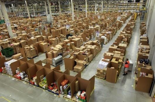 25551130 175230 มีอะไรใน Amazons Warehouse