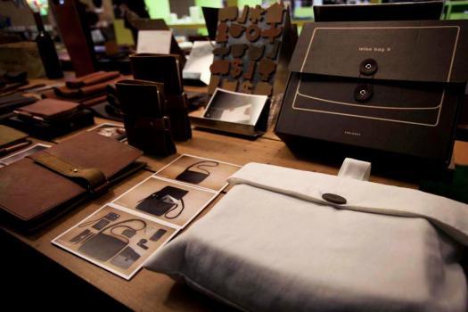 284026 413805112006194 392209444 n 525x350 Labrador Factory วัสดุที่ทำมาจาก ธรรมชาติ ประเภท หนังแท้ ผ้า และกระดาษ