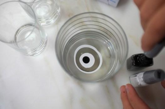 DSCF8110 526x350 DIY: Marbleized + Striped Glassware สร้างสรรค์แก้วลายหินอ่อน สำหรับปาร์ตี้