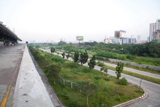 25551214 195912 ที่ดินกว่า 500ไร่ ใจกลางเมือง คนกรุงเทพต้องการอะไร : สวนสาธารณะมักกะสัน หรือ มักกะสันคอมเพล็กซ์