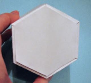 25551215 204340 DIY และเทมเพลท กล่องของขวัญ snowflake