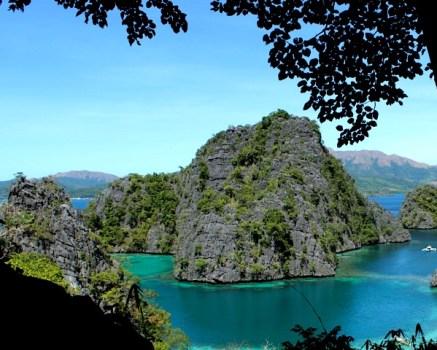 Kayangan Lake view point 437x350 Coron Island, Palawan, Philippines (Chapter 3)
