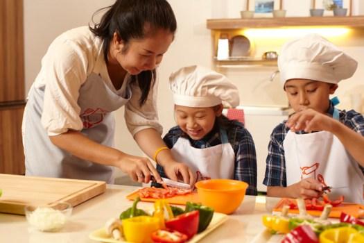 """ห้องเรียนสอนทำอาหารแสนสนุก """"Play Chef""""  20 - Chef"""