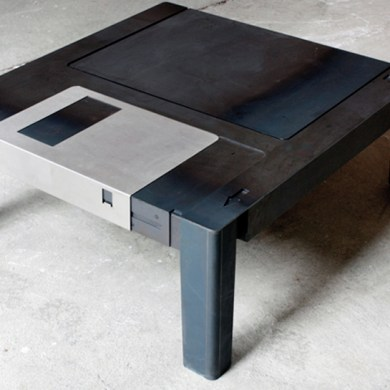 Floppy disk table  18 - Computer
