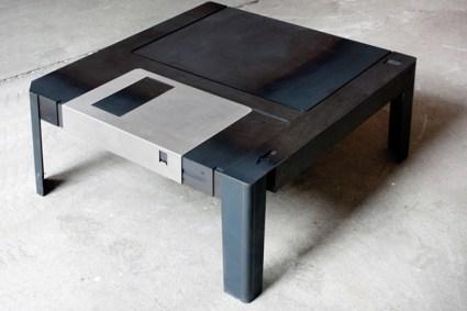 floppytable01 425x283 Floppy disk table