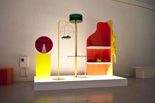 "Objet Coloré แนวคิดการออกแบบ ""ชั้นวางของสำหรับใช้ในร้านค้า ของแบรนด์  Bennetton"" 4 - display"