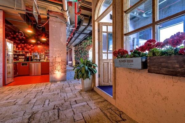 25560207 224848 สำนักงานใหม่ของ Google ในเมืองเทลอาวีฟ อิสราเอล... มันยอดเยี่ยมเกินบรรยาย