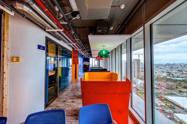 25560207 225039 สำนักงานใหม่ของ Google ในเมืองเทลอาวีฟ อิสราเอล... มันยอดเยี่ยมเกินบรรยาย
