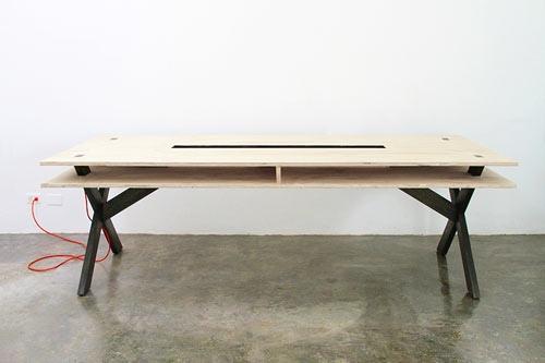25560218 084045 โต๊ะนี้ไว้ร่วมกันทำงาน..PERFECT FOR COWORKING