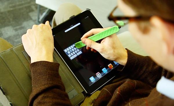 Flaxus ..stylus ที่เป็นกำไลข้อมือไปด้วย เท่มากกก.. 31 - gadget