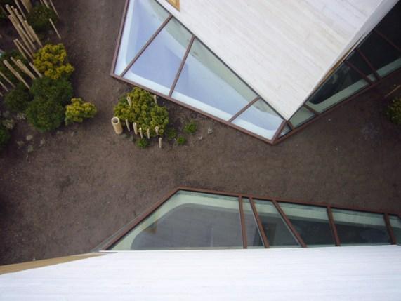 Maison-L-by-Pottgiesser-ArchitecturePossibles-photo-George-Dupin-yatzer-11