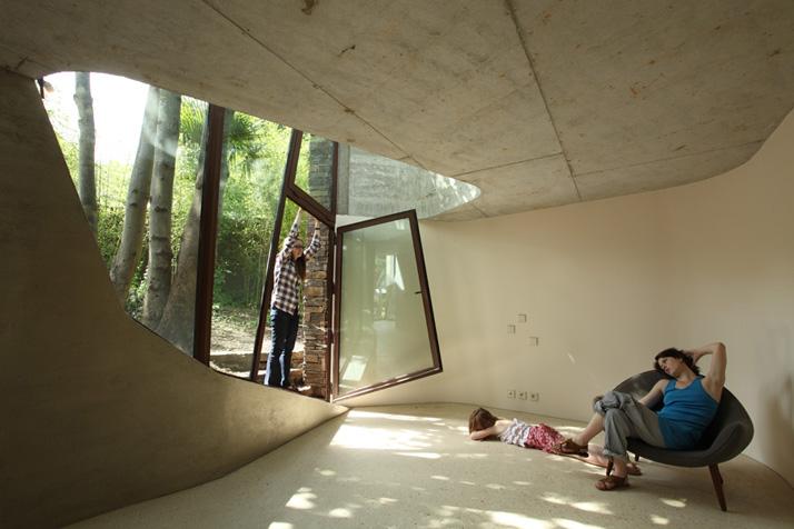 Maison L by Christian Pottgiesser บ้านธรรมดาที่ไม่ได้ธรรมดา 13 - Architecture