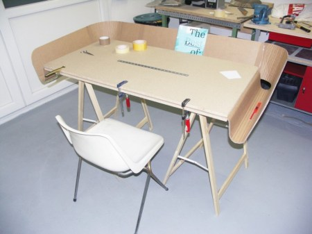 "e8155d1c6c7adaf6b928f65ecb6f0e07 450x337 ""homework"" work table"