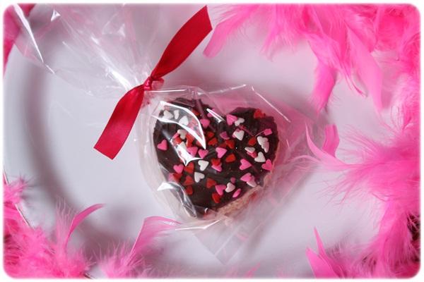 hearts7 ของชวัญวาเลนไทน์..Rice Krispie Hearts