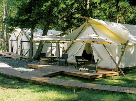 spa 6 450x337 Glamour Camping ที่พักสำหรับผู้คนที่รักในการนอนค้างแรม และอยากใกล้ชิดธรรมชาติ