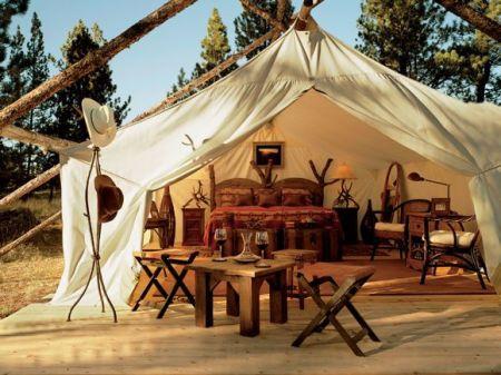 tent 2 450x337 Glamour Camping ที่พักสำหรับผู้คนที่รักในการนอนค้างแรม และอยากใกล้ชิดธรรมชาติ