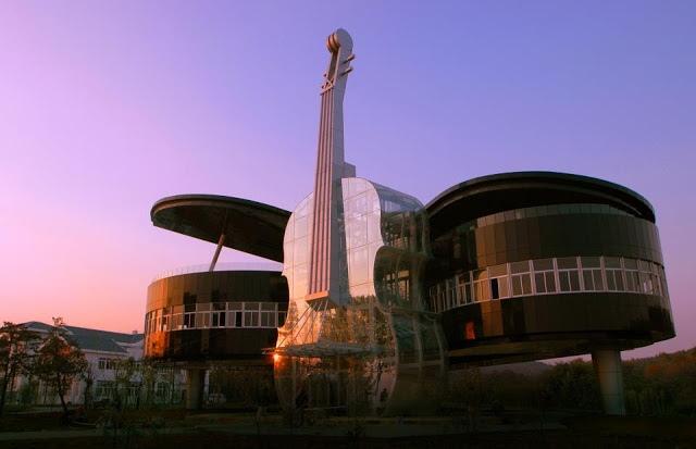 25560415 231538 Piano House in Huainan..ตึกนี้สำหรับคนรักดนตรี