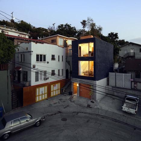 25560419 172143 Eel's Nest บ้านแคบๆ ใน LA ที่ได้แรงบันดาลใจจากบ้านแคบๆในญี่ปุ่น