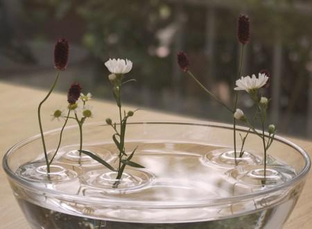 image27 450x331 floating ripple vases แจกันที่มีการเคลื่อนไหวตลอดเวลา