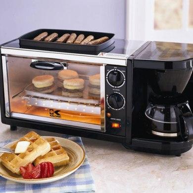 3 Multi-Tasking Breakfast Gadgets 16 - Bacon