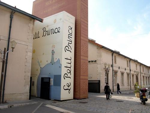 25560506 142402 City of Books..เมืองของคนรักหนังสือ และศิลปะ