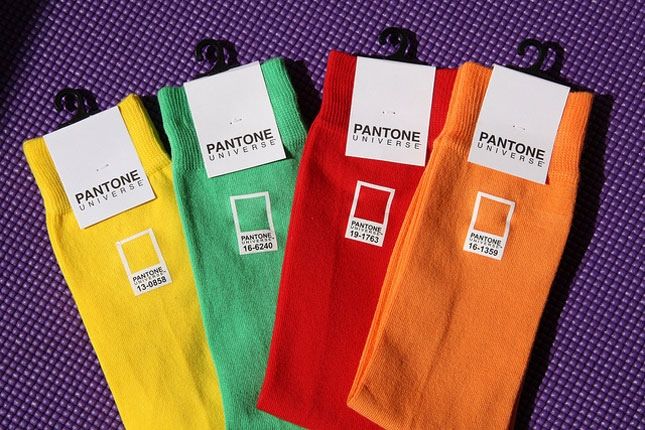 25560528 151606 Pantone..Color is life. Live it!!...ชีวิตนี้ขาดสีสันไม่ได้