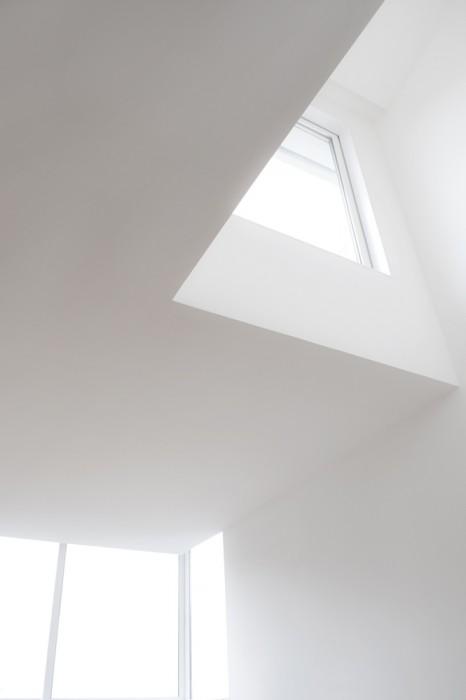 25560603 182935 ปรับปรุงบ้านใหม่..ได้พื้นที่ใช้สอยแบบสุดCool.. ไม่บังลม ไม่กั้นแสง นั่งเล่นนอนเล่นได้