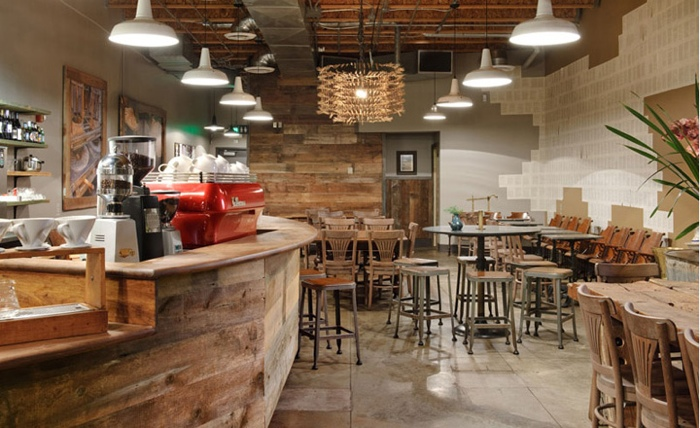 25560617 140436 Starbucks บน15th Avenueในเมืองซีแอตเทิ้ล..แนว Rustic...ได้อารมณ์ลุ่มลึก