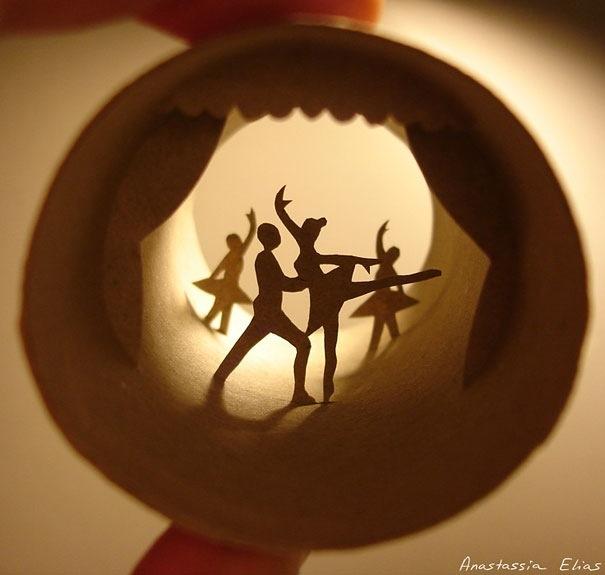 25560621 182505 ศิลปะบนแกนกระดาษทิชชู โดย Anastassia Ellias