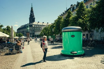 GIANT BIN TO KEEP COPENHAGEN GREEN