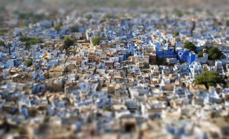 ab466e9c7e1a8cf546743e95498601ec 450x274 Bule City เมืองสีฟ้ากลางทะเลทราย ในประเทศอินเดีย