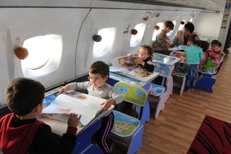 เปลี่ยนเครื่องบินเก่าเป็นโรงเรียนอนุบาลให้เด็กๆ ✈︎ ไอเดียจากประเทศจอร์เจีย ?? 19 - Airplane