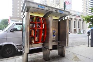 เปลี่ยนตู้โทรศัพท์สาธารณะในนิวยอร์ค เป็นห้องสมุดขนาดเล็ก เพื่อส่งเสริมการเรียนรู้ของคนในชุมชน 2 - mini library